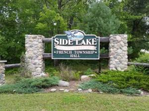 side-lake-community-center-sign